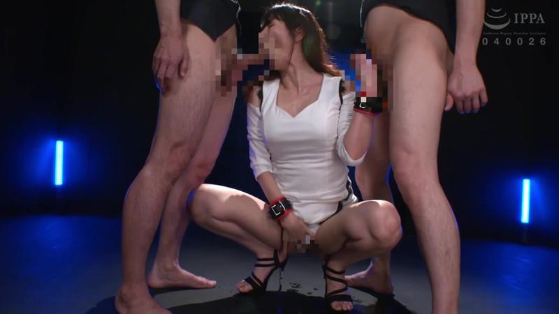 膣イキ洗脳 ガニ股拷問 高身長人妻ハードファックでイキ狂い 澤村レイコ DDOB-078 screenshot 2