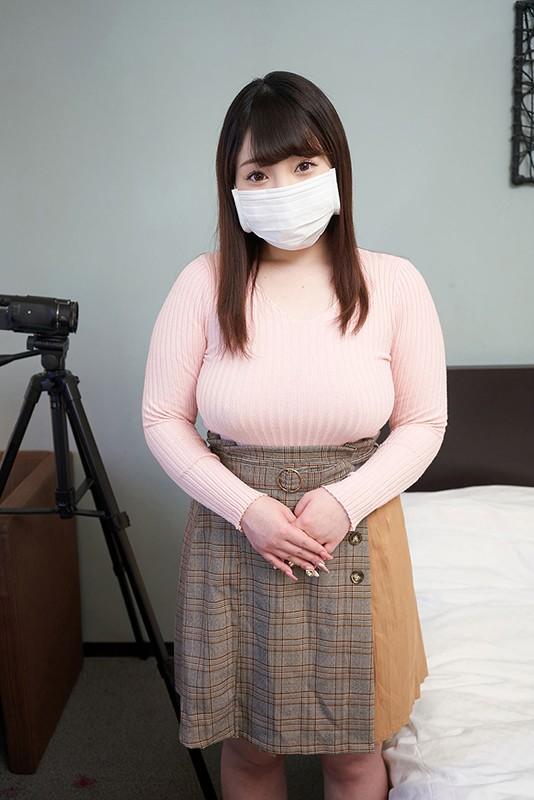 大物芸能人Xの実娘、爆乳H-cupを引っ提げて、マスク着用を条件に衝撃AV DEBUT!りの FONE-100 screenshot 0