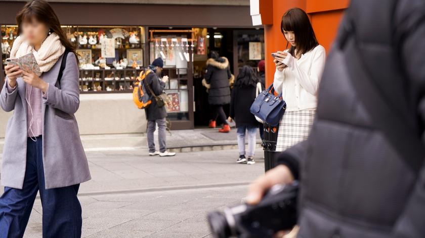 噂の検証!「地方から来たカワイイ田舎娘はヤレるのか?」episode.2 芸能界の黒い闇! 300MIUM-030 screenshot 0