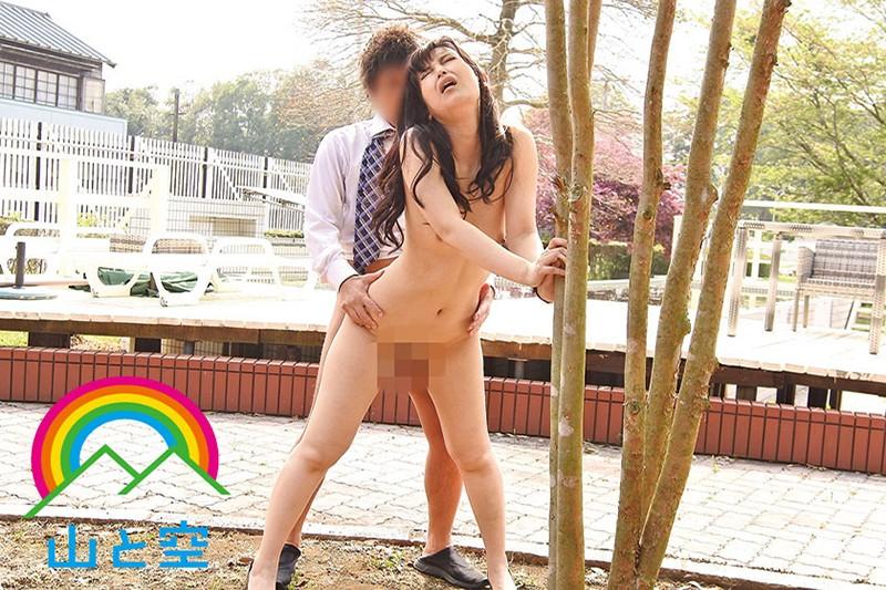 「もっと見て…」視姦願望を自制できない露出狂女教師 並木塔子 SOJU-014 screenshot 8