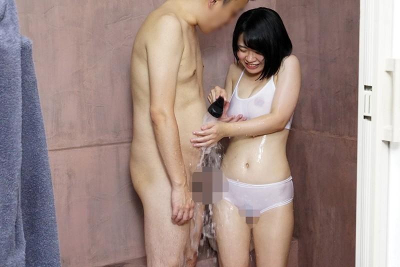 『經常不穿胸罩被看見乳房』 玩弄透視的乳頭很敏感・赤面・第一次上班就對肉棒發情!脫掉了之後很厲害!悶騷色女鄉下可愛巨乳女孩~男性水療篇~ SDMU-714 screenshot 3
