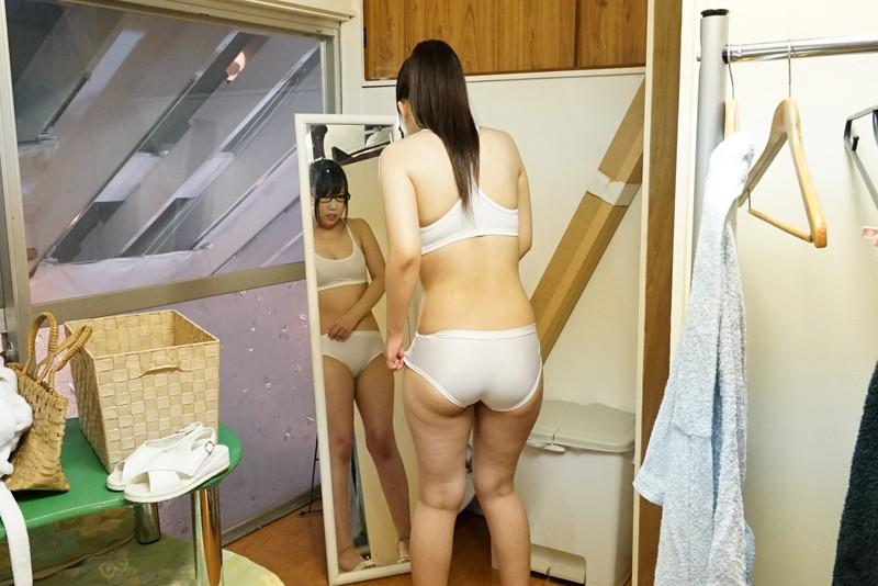 『經常不穿胸罩被看見乳房』 玩弄透視的乳頭很敏感・赤面・第一次上班就對肉棒發情!脫掉了之後很厲害!悶騷色女鄉下可愛巨乳女孩~男性水療篇~ SDMU-714 screenshot 8
