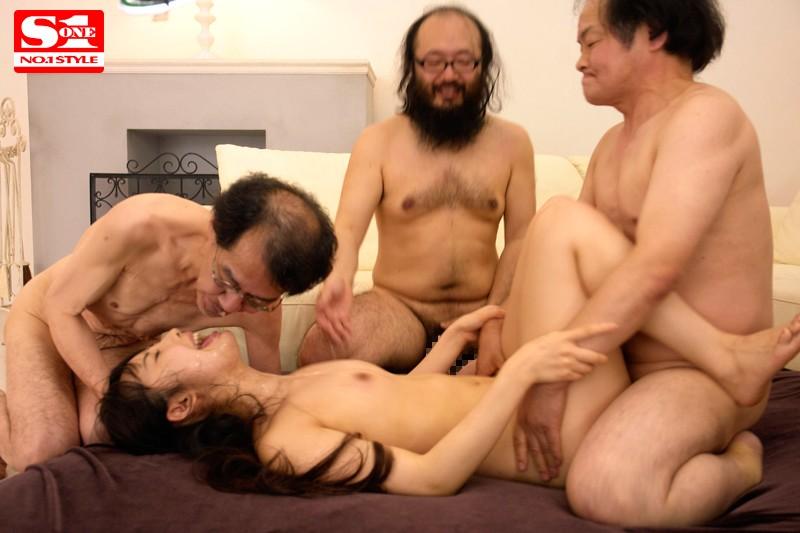 和一群恶心丑男做爱的宇佐美舞 SNIS-303 screenshot 8