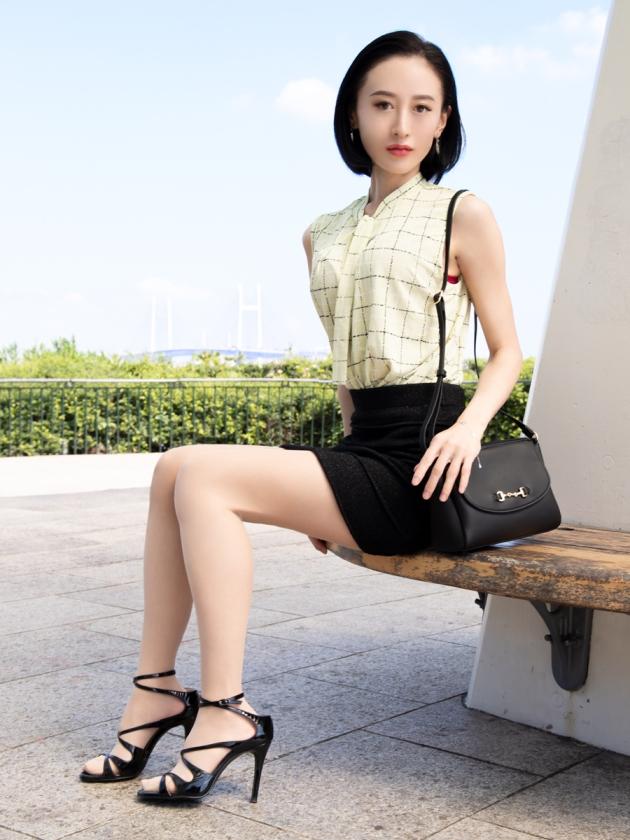 全國人妻情色圖鑑 零35歲 screenshot 6