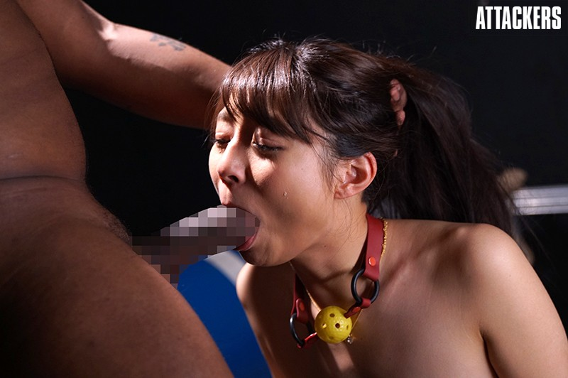 多管闲事的千金大小姐河南实里被黑人的巨屌调教内射卖给有钱人当玩物 RBD-942 screenshot 2