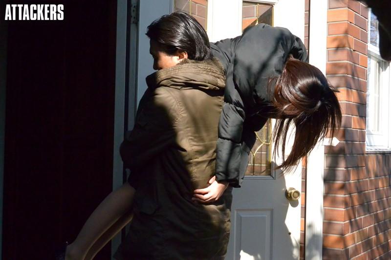 被盯上绑架遭到强奸凌辱的20岁美女人妻七濑丽娜 RBD-618 screenshot 0