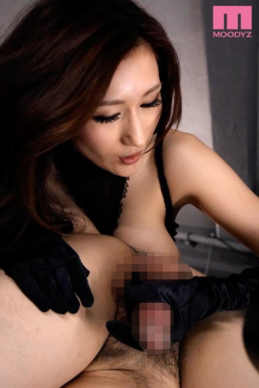 放开心灵接受巨乳女神Julia的奴役 MIDE-252 screenshot 0