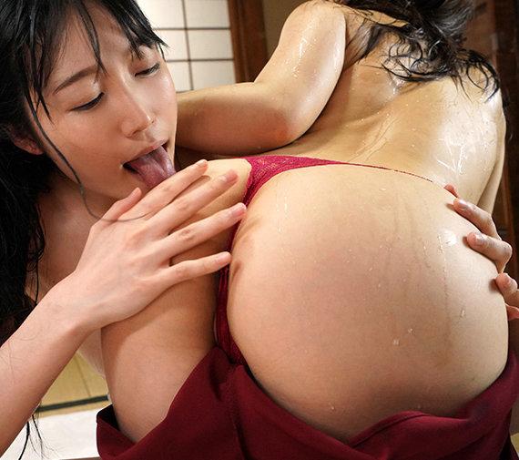 ど田舎に遊びに行ったら超絶美人お姉さんの舐めキスでレズ誘惑された汗だくまみれの夏 武田エレナ 八乃つばさ LZDM-042 screenshot 7